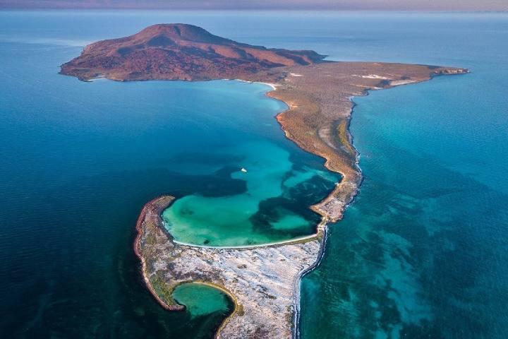 Isla Coronado en Loreto Baja California Sur . Foto Hotel santa fe loreto