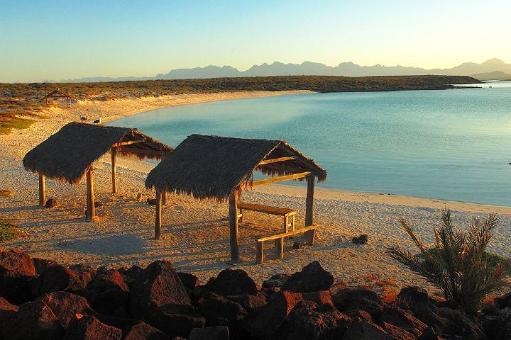 Isla Coronado en Loreto Baja California Sur . Foto traviare