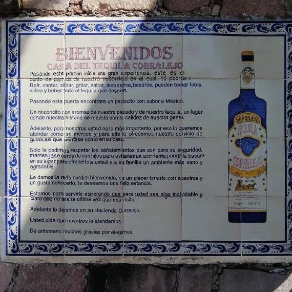 Letrero de entrada de Hacienda Corralejo. Foto: Fernando Bautista