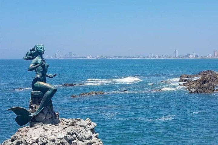"""El mar de Mazatlán se equipa para que sea un destino mexicano dónde puedes trabajar """"desde casa"""". Foto: Diario de Morelos"""