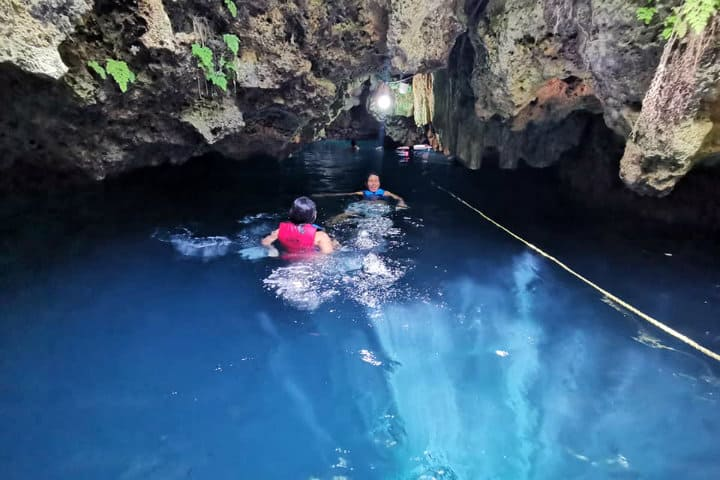 Naturaleza-intacta.-Foto-cenote-7-bocas