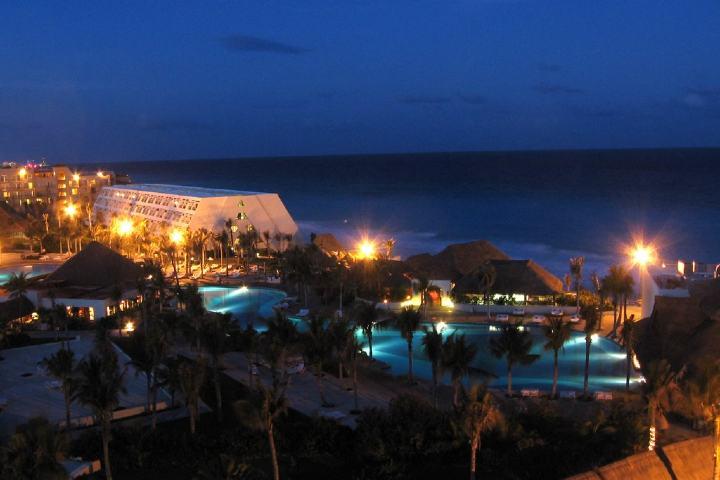 Viaje familiar a Cancún en el Grand Oasis. Foto: Mapio