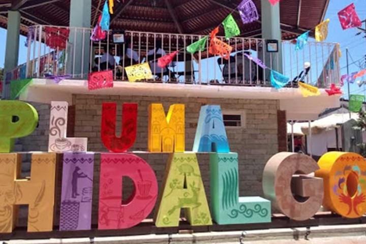 Pluma Hidalgo. Foto Archivo.