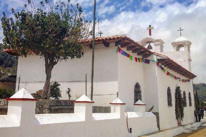 Pueblo San Lorenzo Zinacantán. Chiapas. Imagen: dulcedualidad