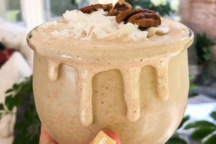 Refrescante y vegano Pecan Pie Smoothie; una de las tendencias de coctelería y mixología. Foto: thepeachiespoon