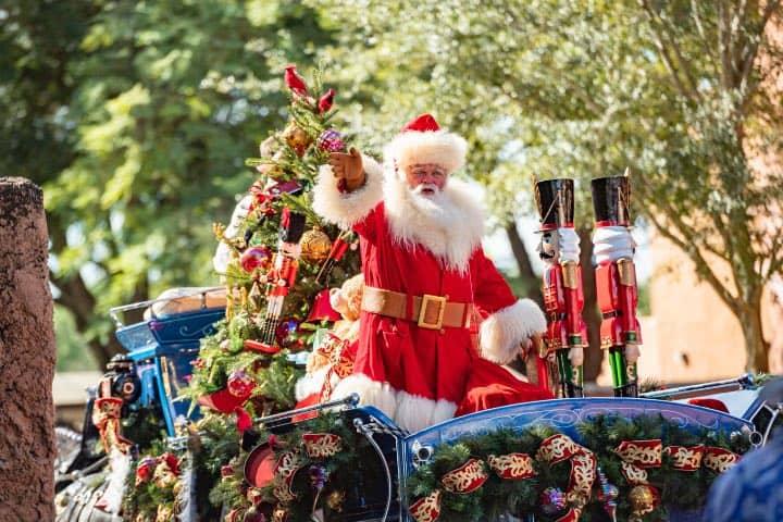 Santa Claus hará que la Navidad en Disney World Resort sea única. Foto: Archivo