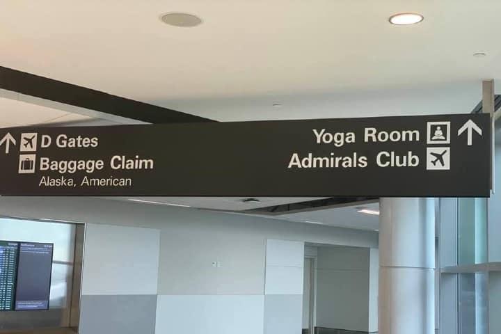 Relájate yendo al cuarto de yoga del Aeropuerto Internacional de San Francisco. Foto: Franklin Walker