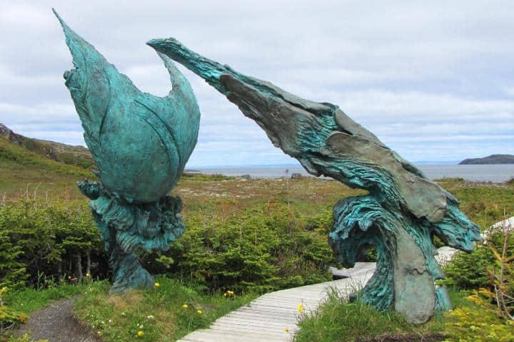 También se encuentran esculturas de bronce. Foto: Wikimedia Commons