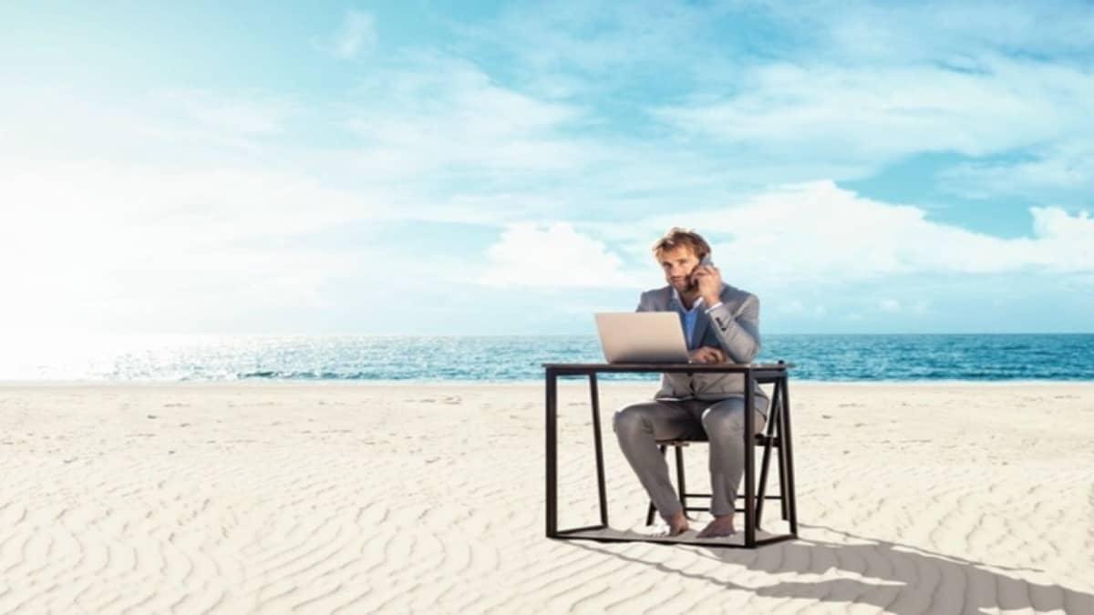 Trabajando desde la playa te sentirás cómo en casa. Foto: Dekra