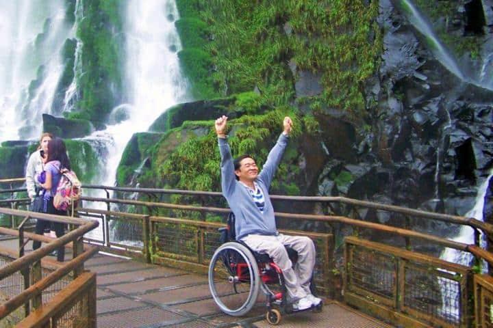 Turismo incluyente. Imagen: la voz de Cataratas