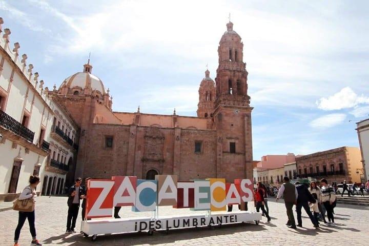 El turismo en zacatecas te ofrece muchas artesanías. Foto: Grupo en concreto