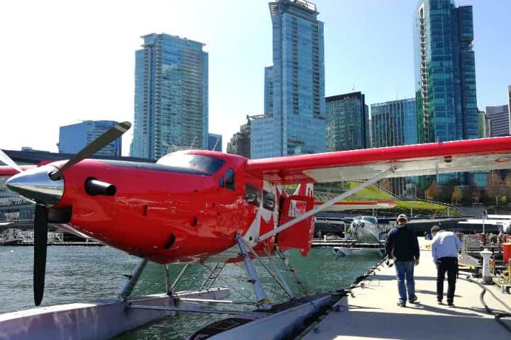 Volar en hidroavión sobre Vancouver Canada con Club Premier. Foto El Souvenir