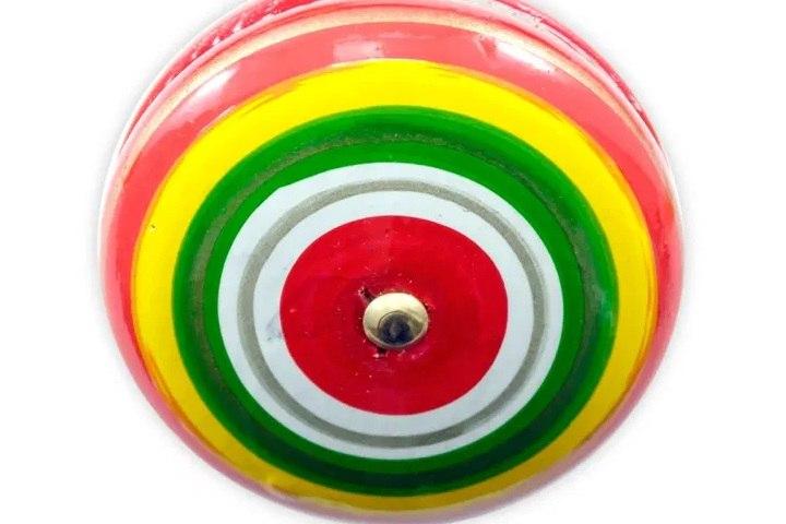 Yo yo juguete tradicional mexicano. Imagen: Juguetes didacticos wiwi