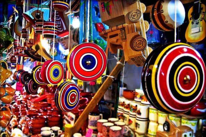 Yo-yo juguete tradicional mexicano. Imagen: Pueblos Mágicos