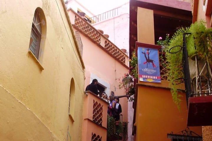 callejon-del-beso-1024×768-1