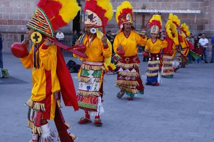 Color en Danzas y Bailes - Foto Luis Juárez J.