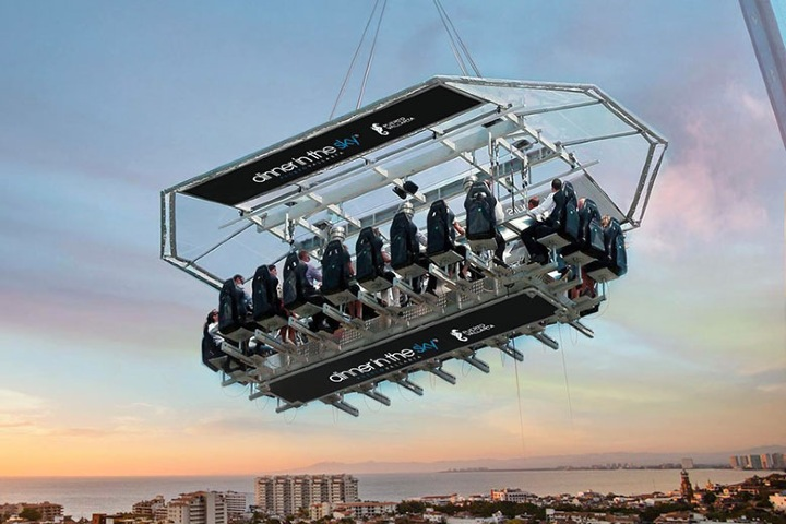 Dinner in the sky. Foto. neextt