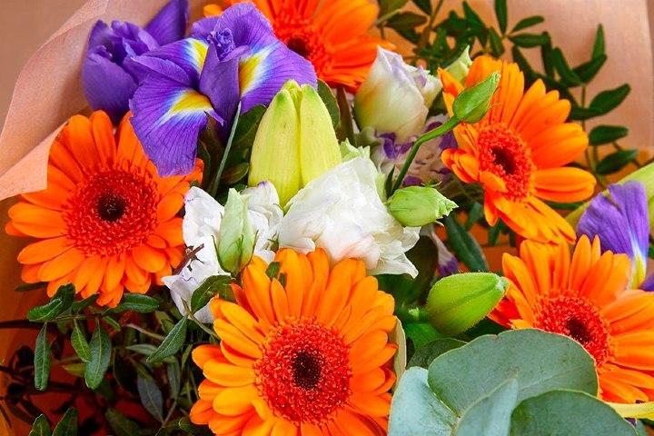Flores-OASIS Floral
