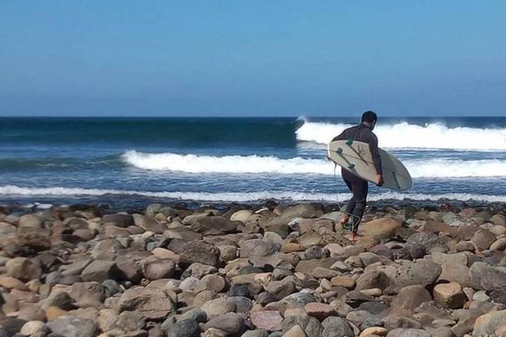 Surfistas de la isla – Foto Rubén Durán