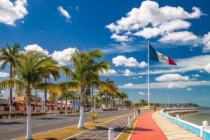 Viaje-a-Campeche-con-amigos.-Foto-grzegorzmielczarek