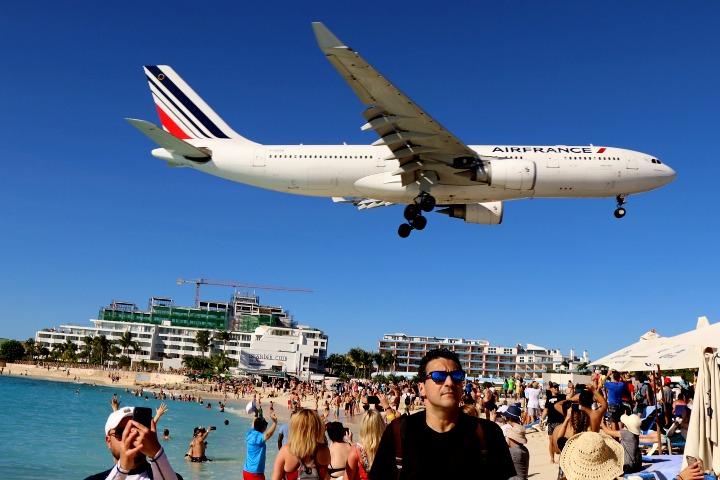 Aeropuerto Princesa Juliana en Países Bajos. Foto Thank You (20,5 million+) views
