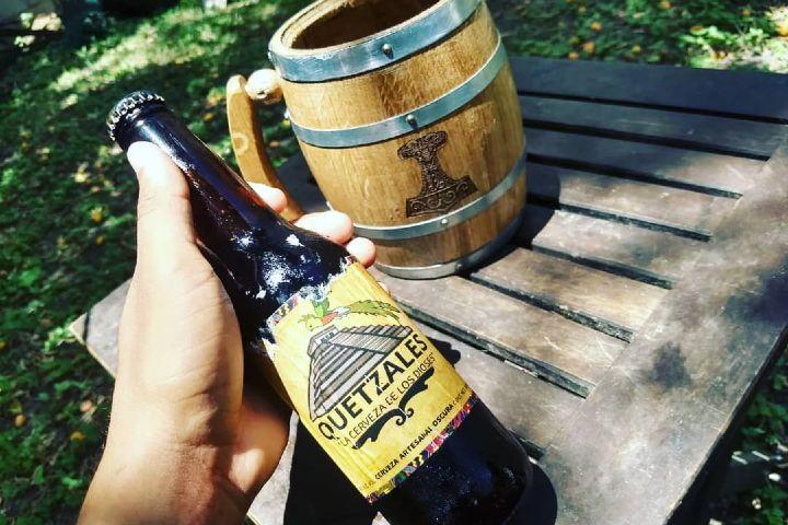 Cervezas-Mexicanas-artesanales.-Foto.-Cerveceria-Quetzalez