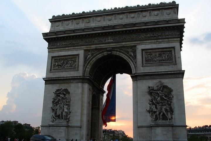 Datos-curiosos-del-arco-del-triunfo-en-Francia.-Foto-Raul-Arrieta-Brouard