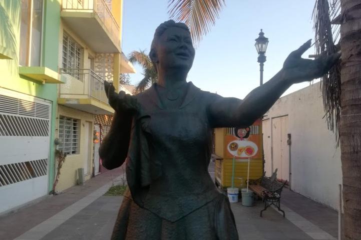 Monumento a Toña la Negra – Foto Luis Juárez J