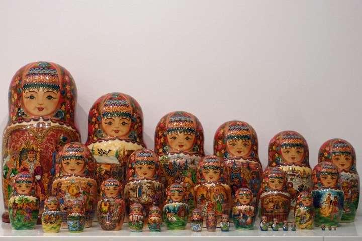 La matrioshka el souvenir de Rusia Foto: Matrioskaonline