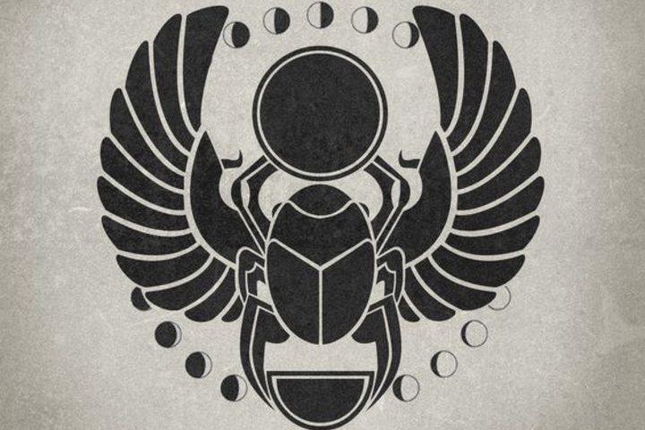 Souvenir-escarabajo-de-la-suerte-de-Egipto