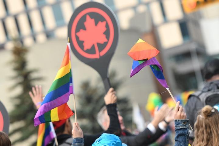 Air Canada y su compromiso son la diversidad busca tener a las mejores personas sin importar raza, creencias, género o preferencias sexuales. Foto: Style by Shock Visual