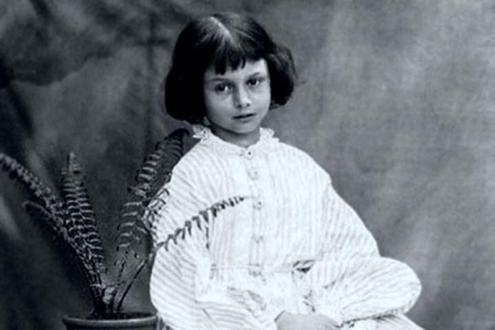 """Alice Lidell es la niña que inspira a la historia de """"Alicia en el país de las maravillas"""". Foto: Archivo"""