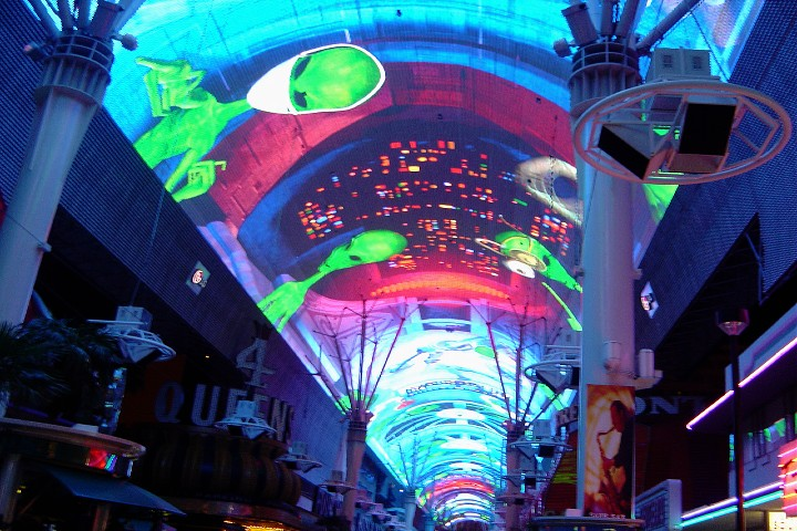 Area 51, un show en la calle Fremont de Las Vegas. Foto: Catherine Chittenden | Flickr