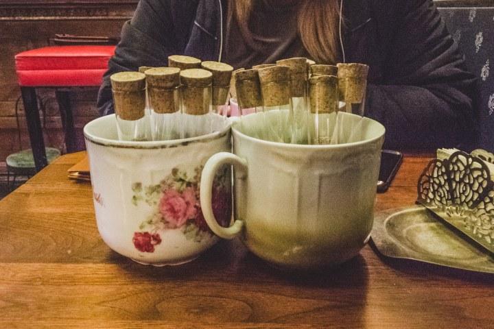 El Budapest Café Cukrászda de la Condesa es un lugar con sitios únicos. Foto: Historias de una tetera.