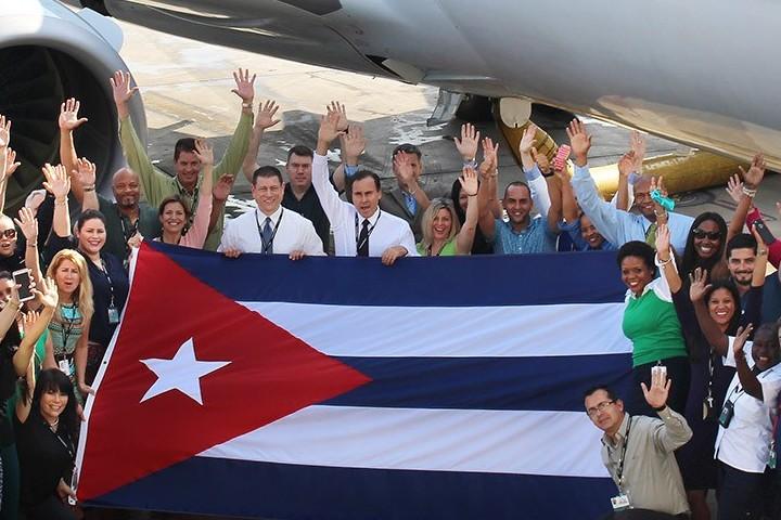 Celebran-vuelos-a-Cuba.-On-Cuba