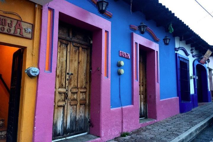 Coloratissima-San-Cristobal.-Foto-alekelly-via-Instagram