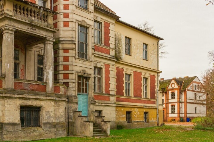 El orfanato de Methuen en donde crece Beth era en realidad un castillo abandonado construido por judíos en las afueras de Berlín. Foto: Archivo