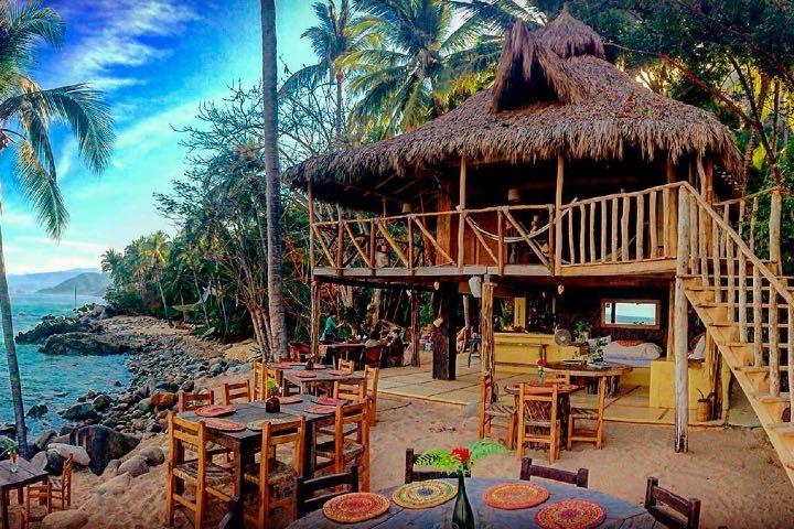 La ubicación de Casitas Maraika es espectacular, no por algo es de los mejores clubes de playa de Puerto Vallarta. Foto: Archivo