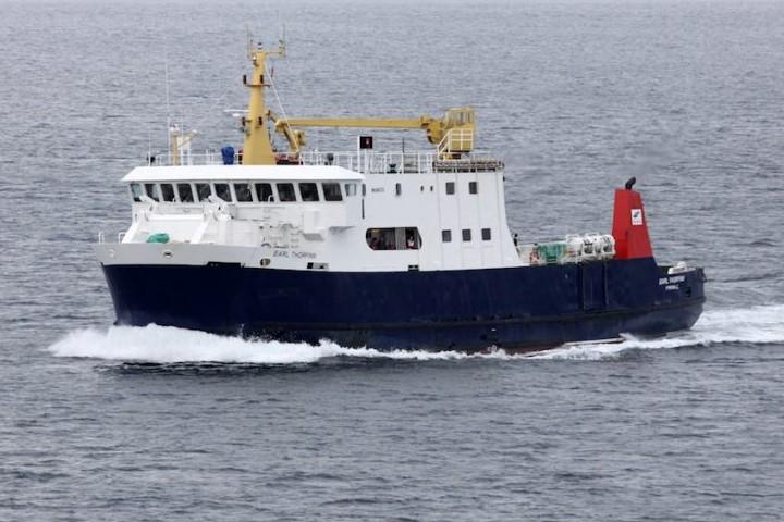 El ferry también es un medio de transporte en el lugar. Foto: The Orcadian