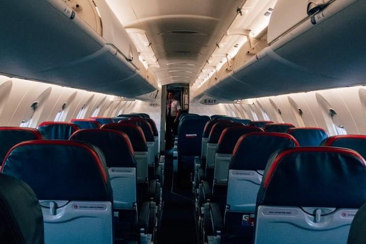 ¡Conoce más sobre el vuelo más corto del mundo! Incluso tiene un Récord Guinnes. Foto: Kelly Lacy