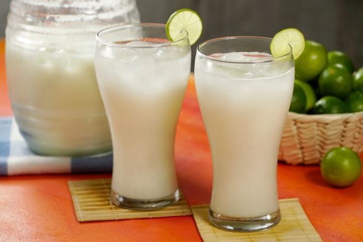 Agua de limón sevillano. Foto: Pinterest