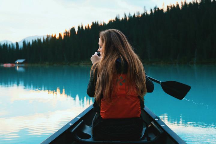 Visita el Lago del Oso en Canadá en una temporada en la que el clima sea óptimo para ti. Foto: eDreams