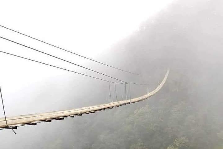 El puente colgante es uno de los principales atractivos de Tlatlauquitepec, Pueblo Mágico de Puebla. Foto: Archivo