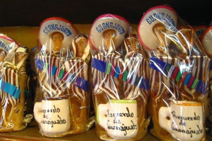 Las charamuscas son uno de los dulces típicos de Guanajuato. Foto: Archivo