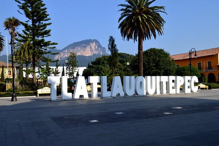 No olvides la tradicional foto en las letras de Tlatlauquitepec, Pueblo Mágico de Puebla. Foto: Omar LM