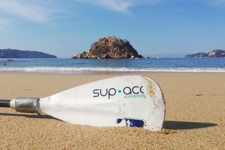 Paddle Board, un atractivo que debes visitar en acapulco - Foto Luis Juárez J.