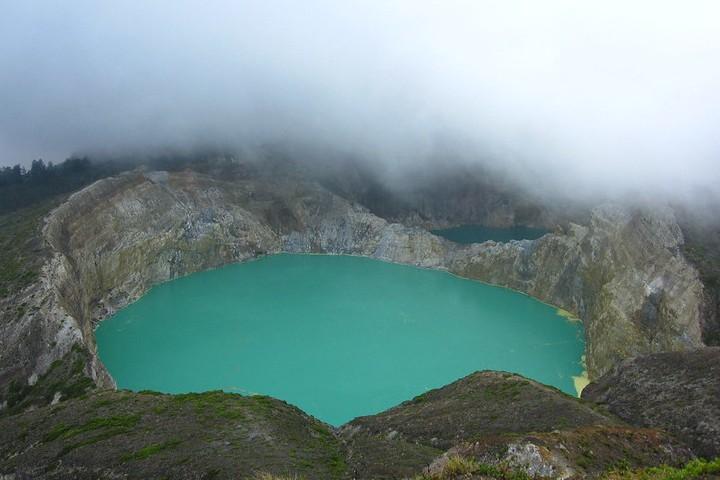 Que no te sorprenda la enorme nube generada por los lagos. Foto: Ra around the globe
