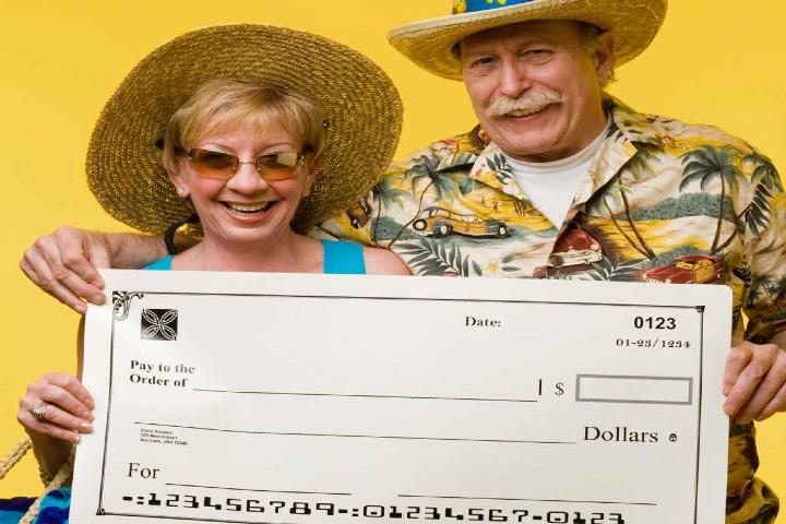 Qué son los cheques de viajero. Foto: VIX