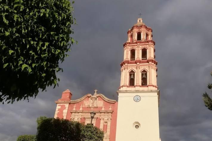 Edificios increíbles de Venado - Foto Luis Juárez J