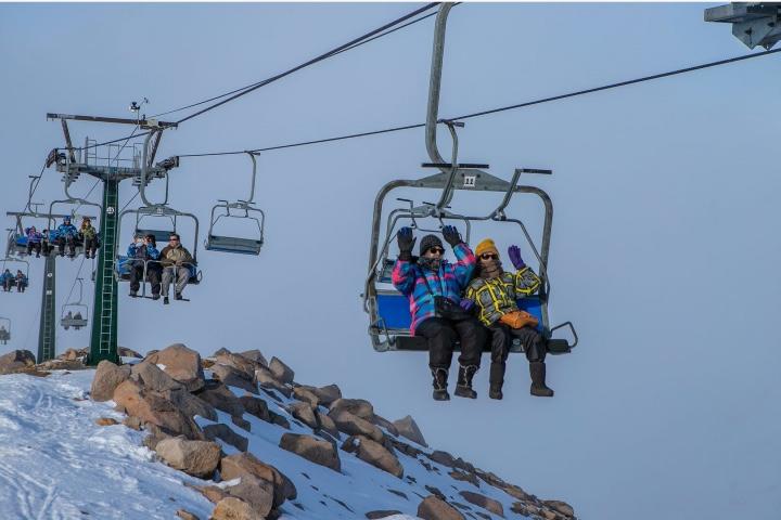 ¡Vamos hacia la aventura en el invierno de Argentina! Foto: Emprotour Bariloche